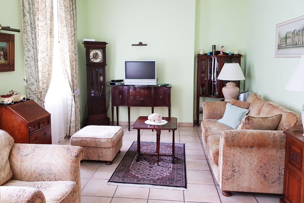 Burberry Apartment